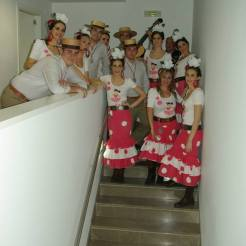 presentacion-disco-se-de-un-lugar-teatro-municipal-miguel-romero-esteo-montoro-coro-rociero-de-la-borriquita-23
