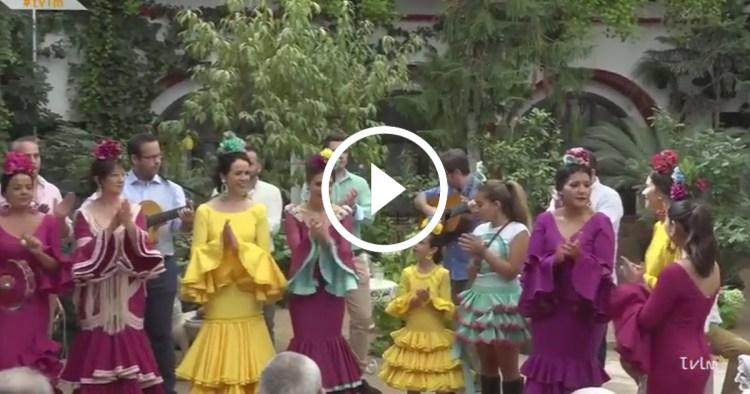 """Video: Sevillana """"Los Barriles"""" en la Residencia Jesús Nazareno"""
