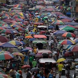 "Metropoli Manila  ""Benvenuti a Colf City"""