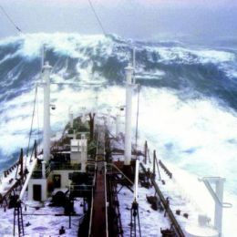 La tempesta perfetta  Un video per coraggiosi