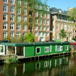 House-Boat-Amsterdam