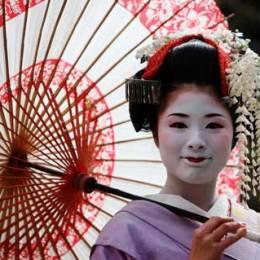 Come vive una geisha?  Miehina ce lo racconta