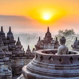 Borobodur, il tempio buddista  più grande del mondo