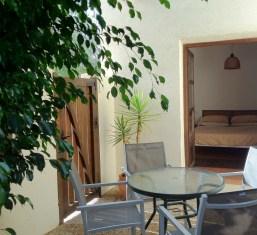 Terraza y dormitorio principal