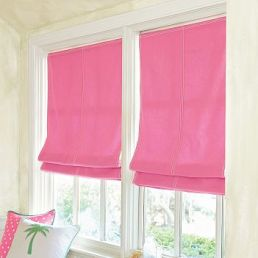 Cortinas romanas en tela Black Out en tela color fucsia