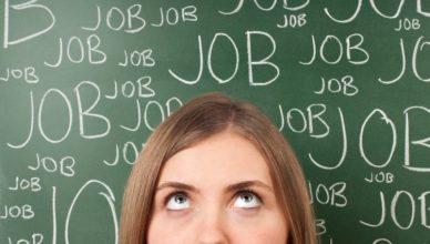 Primele Joburi între bani și experiență