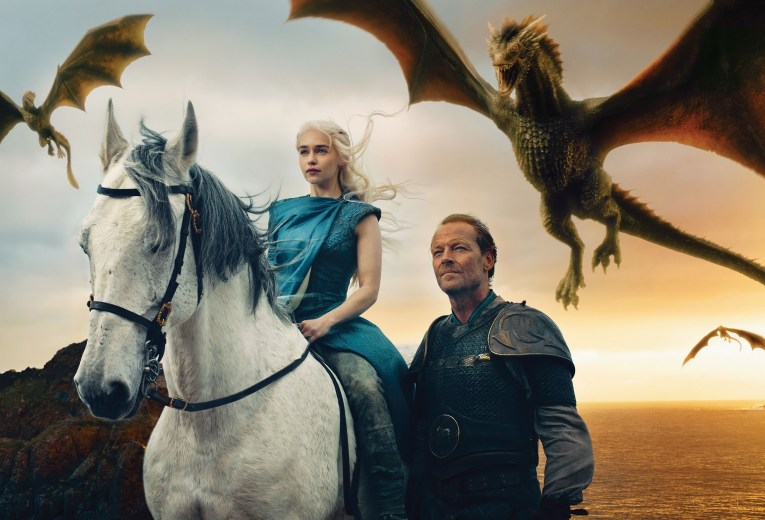 game_of_thrones_daenerys_targaryen_emilia_clarke_jorah_mormont_iain_glen_dragons_94900_2400x1632
