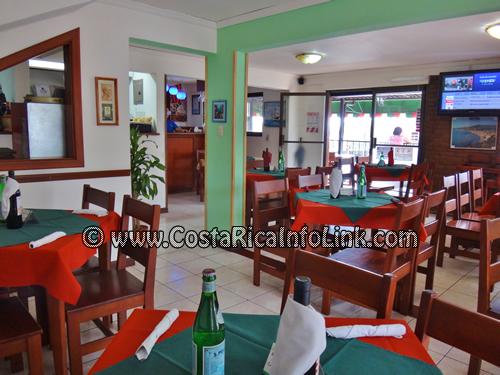 Restaurante y Pizzeria Ragú en Alajuela, Costa Rica