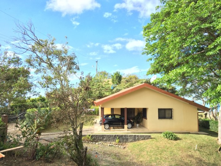 Quality ocean view home for rent in mountains of san ramon for Costa rica house rental