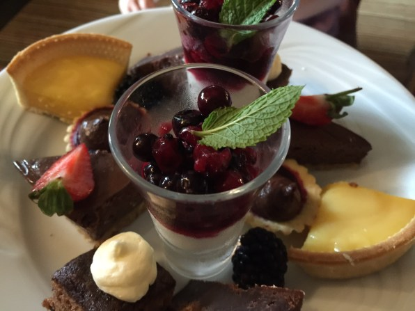 afternoon-tea-lygon-arms-cotswolds-concierge (6)