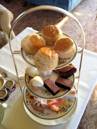 mallory-court-afternoon-tea-cotswolds-concierge (2)