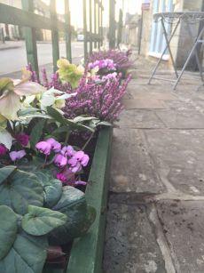 opening-the-tea-set-broadway-cotswolds-concierge (2)