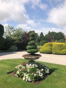 mallory-court-garden-cotswolds-concierge (1)