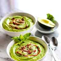 Chilled Artichoke Avocado Spring Pea Soup with Healthy Prebiotics! {Raw, Vegan, Super Creamy}