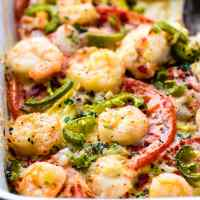 EASY Jalapeño Shrimp Veggie Bake {Low Carb}