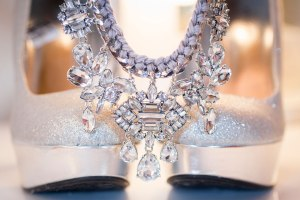 wedding-detail-photos-flowers-jewelry-wedding-dress-minneapolis-wedding-photographer-01
