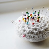Tutorial: Easy-Peasy Crochet Pincushion