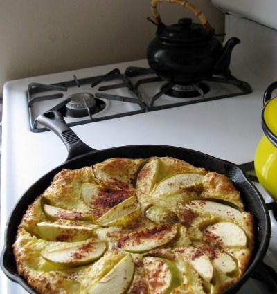 Apple Pancake Sam I Am: The Puffy German Pancake