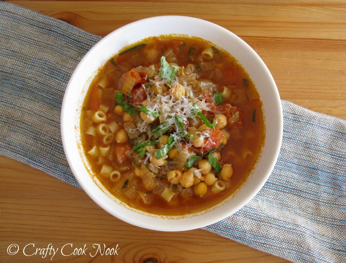 Pasta E Ceci (Chickpeas and Pasta) Soup: Quick and Tasty Mid-Week Soup