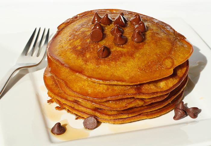YUMMY! Gluten Free Pumpkin Pancakes - {CrazyHappy.Life}