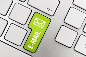 email-button-on-laptop