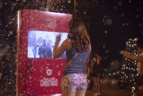 Coca-Cola Machine Connects Countries & Shares A White Christmas