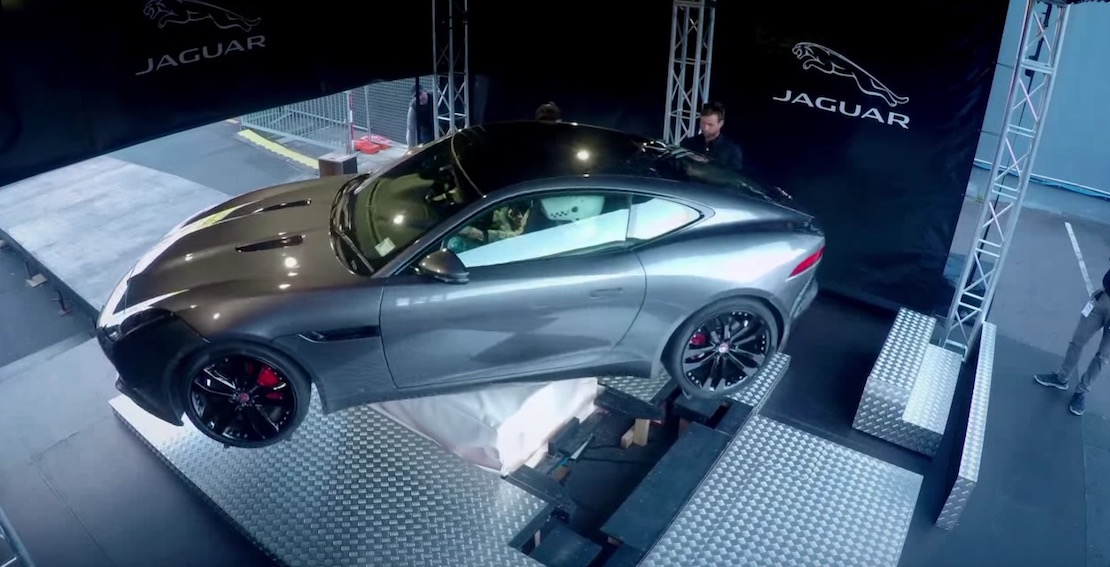 Jaguar Pranks Audience In the Most Realistic Virtual Reality Simulator for Their F type Guerrilla Marketing Photo
