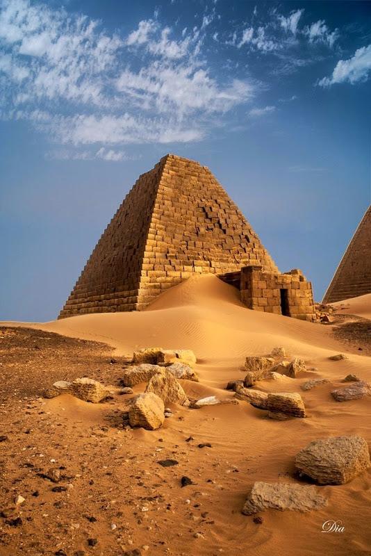 pyramids-nubian-33