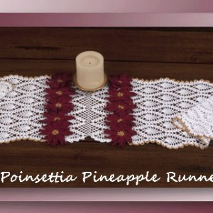 Poinsettia Pineapple Runner