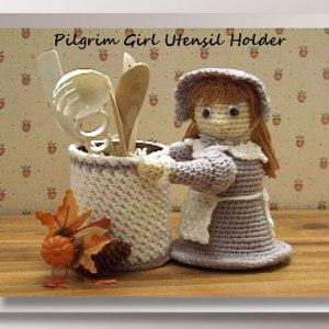 Pilgrim Girl Utensil Holder