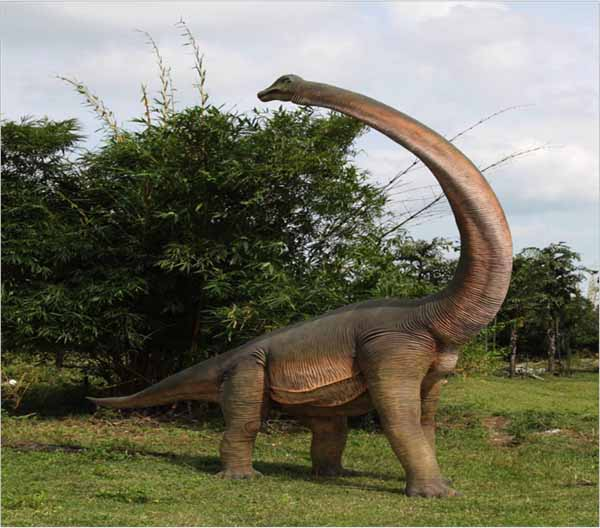 Dinosaur Brachiosaurus with twisted head