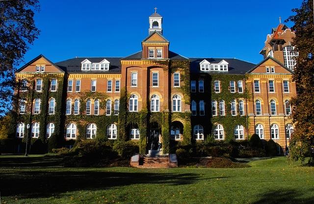 Study abroad high school vs college (2)