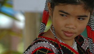 Filipino girl in traditional wear