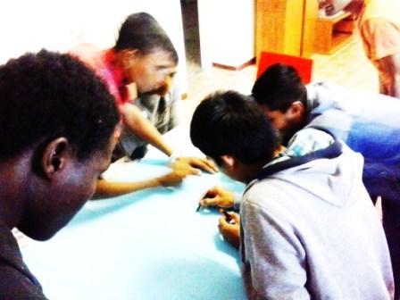 Never Alone: il bando per sostenere progetti a favore dei minori stranieri non accompagnati.