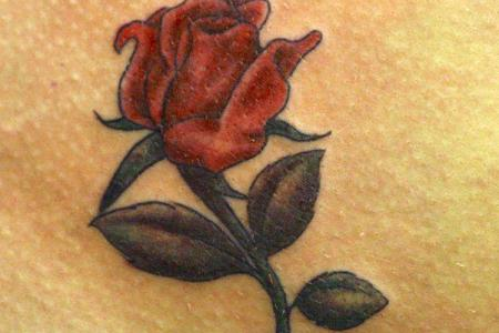 4 rose tattoo