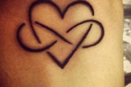 8 beautiful heart infinity tattoo