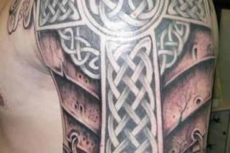 30 celtic cross tattoo shoulder1