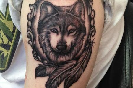 14 indian style wolf tattoo