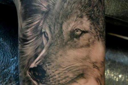 8 sleeve wolf tattoo