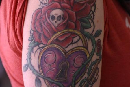 8 new school roses skulls lock key and vines tattoo