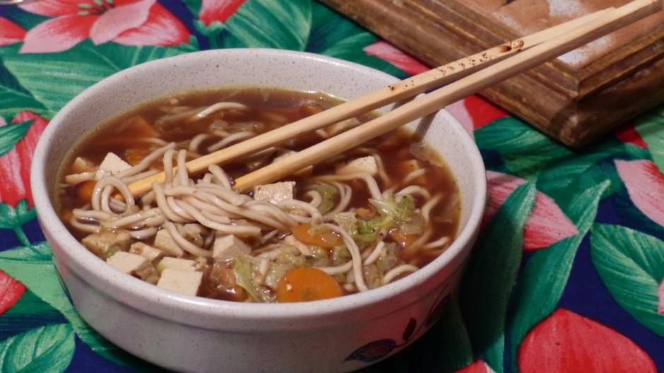Soupe miso aux nouilles chinoisescuisonaute cuisonaute - Soupe miso ingredient ...