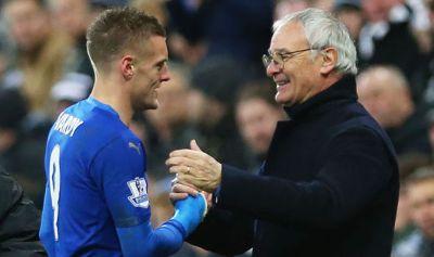 Vardy junto a Ranieri: llegaron a la gloria