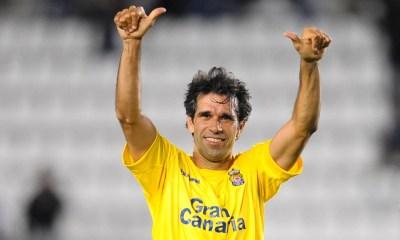 A los 40 años, y tras más de 20 temporadas como futbolista, Valerón colgó los botines.
