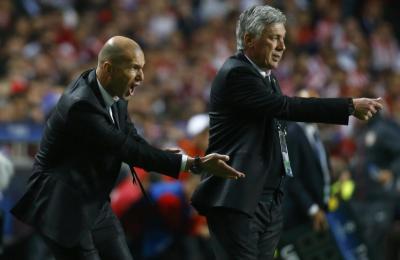 Zidane estuvo presente como ayudante de Ancelotti en La Décima