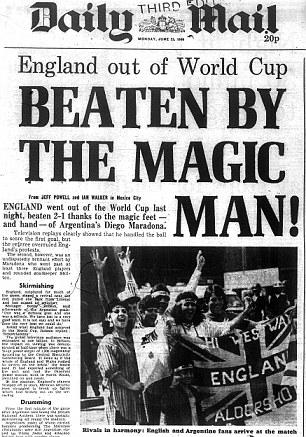 """""""Derrotados por el hombre mágico"""", tituló el Daily Mail."""