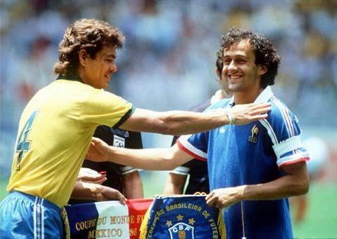 Edinho y Platini en 1986