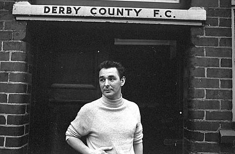 Clough al mando del Derby