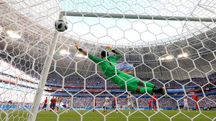 aleksandar-kolarov-free-kick-gives-serbia-win-over-costa-rica