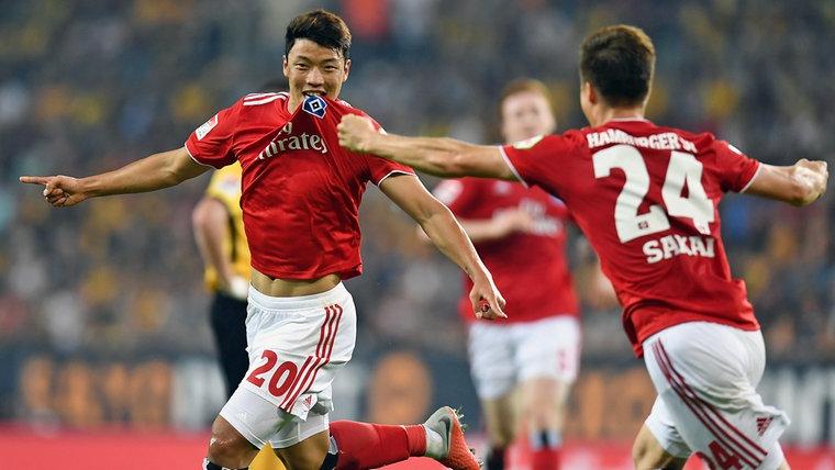 El festejo de Hwang Hee-Chan, autor del gol ante Dínamo.