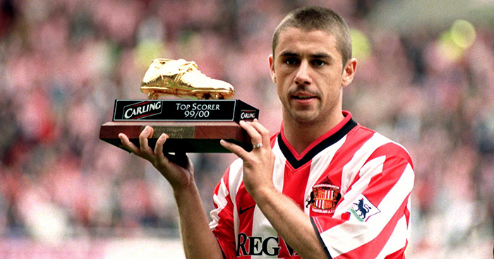 Sunderland's Kevin Phillips celebrates with the FA Carling Premiership 1999-2000 Golden Boot